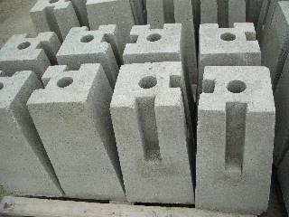 Betonové plotové patky